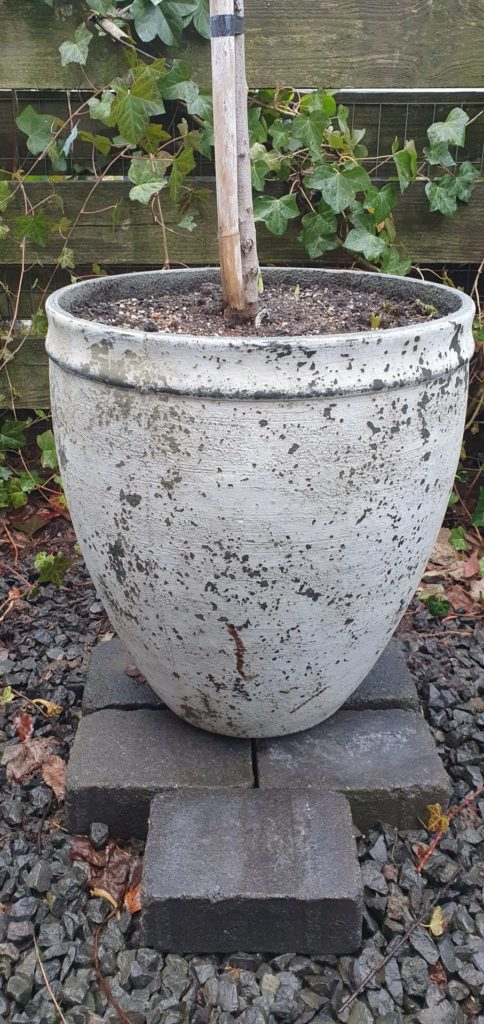 Retro Pflanzenkübel weiß