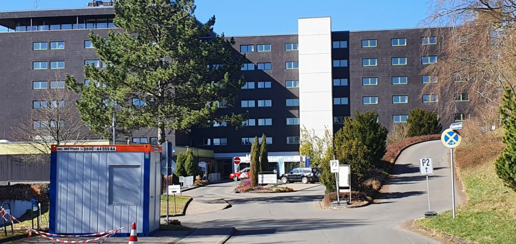 Bild Einfahrt Impfzentrum Corona Marmagen Kreis Euskirchen